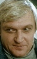 Full Aleksandr Martynov filmography who acted in the TV series Sovest (mini-serial).