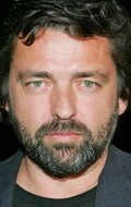 Full Angus Macfadyen filmography who acted in the TV series 5ive Days to Midnight.