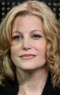 Full Anna Gunn filmography who acted in the TV series Gracepoint.