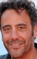 Full Brad Garrett filmography who acted in the TV series How to Live with Your Parents (For the Rest of Your Life).