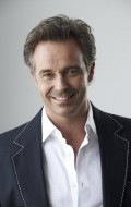 Full Cameron Daddo filmography who acted in the TV series Models Inc..