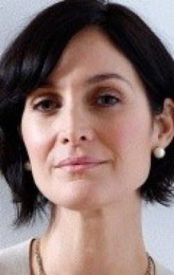 Full Carrie-Anne Moss filmography who acted in the TV series Models Inc..