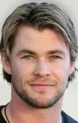 Full Chris Hemsworth filmography who acted in the TV series Guinevere Jones.