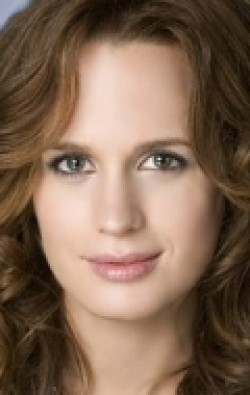 Full Elizabeth Reaser filmography who acted in the TV series Bonnie and Clyde.