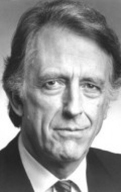 Full Fritz Weaver filmography who acted in the TV series Tales from the Darkside.