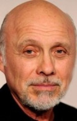 Full Hector Elizondo filmography who acted in the TV series Chicago Hope.
