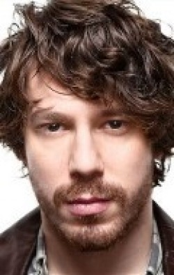 Full John Gallagher Jr. filmography who acted in the TV series The Newsroom.