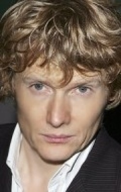Full Julian Rhind-Tutt filmography who acted in the TV series Blandings.
