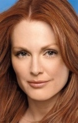 Full Julianne Moore filmography who acted in the TV series I'll Take Manhattan.