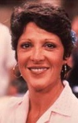 Full Linda Lavin filmography who acted in the TV series Alice.