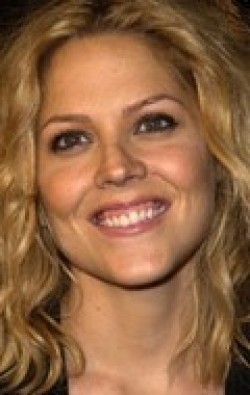 Full Mary McCormack filmography who acted in the TV series In Plain Sight.
