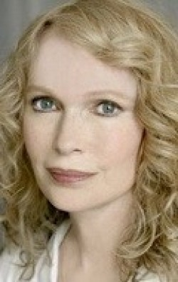 Full Mia Farrow filmography who acted in the TV series A Girl Thing.