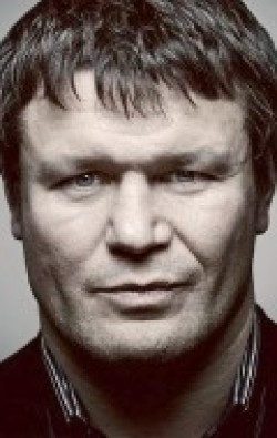 Full Oleg Taktarov filmography who acted in the TV series Hranitel (serial).