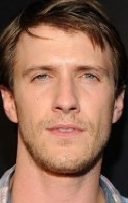 Full Patrick Heusinger filmography who acted in the TV series Girlfriends' Guide to Divorce.