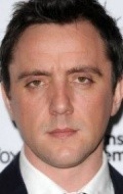 Full Peter Serafinowicz filmography who acted in the TV series How Do You Want Me?.