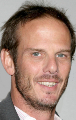 Full Peter Berg filmography who acted in the TV series Chicago Hope.