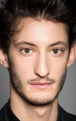 Full Pierre Niney filmography who acted in the TV series Marion Mazzano.