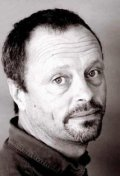 Full Robert Llewellyn filmography who acted in the TV series Red Dwarf.