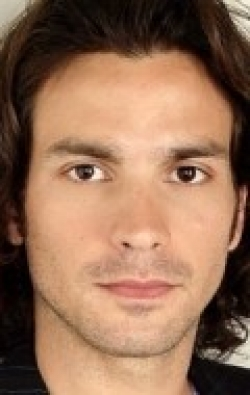Full Santiago Cabrera filmography who acted in the TV series Falcón.