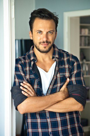 Full Serkan Altunorak filmography who acted in the TV series Muhtesem Yüzyil.