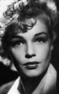 Full Simone Signoret filmography who acted in the TV series Madame le juge.