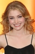 Full Skyler Samuels filmography who acted in the TV series The Nine Lives of Chloe King.