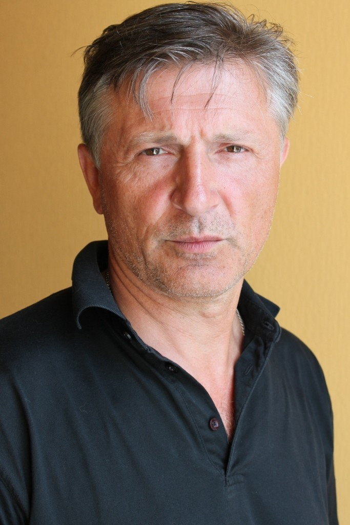 Full Stanislav Boklan filmography who acted in the TV series Abonent vremenno nedostupen... (mini-serial).