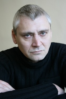 Full Vitali Linetsky filmography who acted in the TV series Abonent vremenno nedostupen... (mini-serial).
