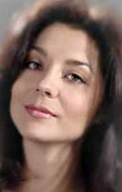 Full Yekaterina Shatrova filmography who acted in the TV series Vsyo, chto nam nujno... (mini-serial).