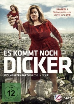 Es kommt noch dicker cast, synopsis, trailer and photos.